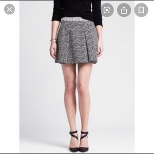 Banana republic pleated mini skirt